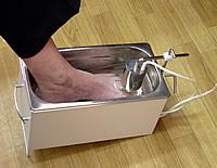 Расположение ноги в ультразвуковой ванне аппарата